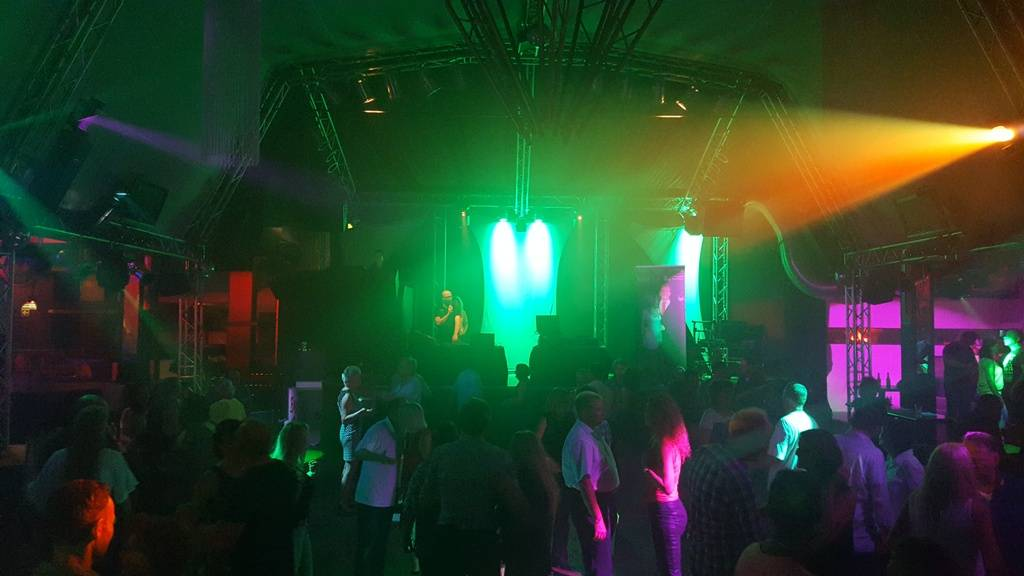 Discofox mit FoXemotion in der Kärcherhalle in Weingarten